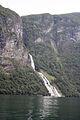 Geiranger fjord, Suitor waterfall.jpg