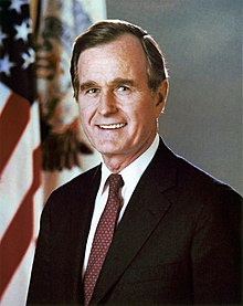 Portrait officiel de George H. W. Bush (1992).