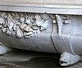 Giardino di castello, grotta degli animali o del diluvio, vasca di dx 06 vasca con crostacei attr. ad antonio lorenzi, 1546-50 circa 2.jpg