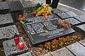 Grób członków Sztabu AL na Cmentarzu Wojskowym na Powązkach (2).JPG