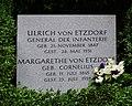 Grabstein Etzdorf Invalidenfriedhof Berlin.JPG