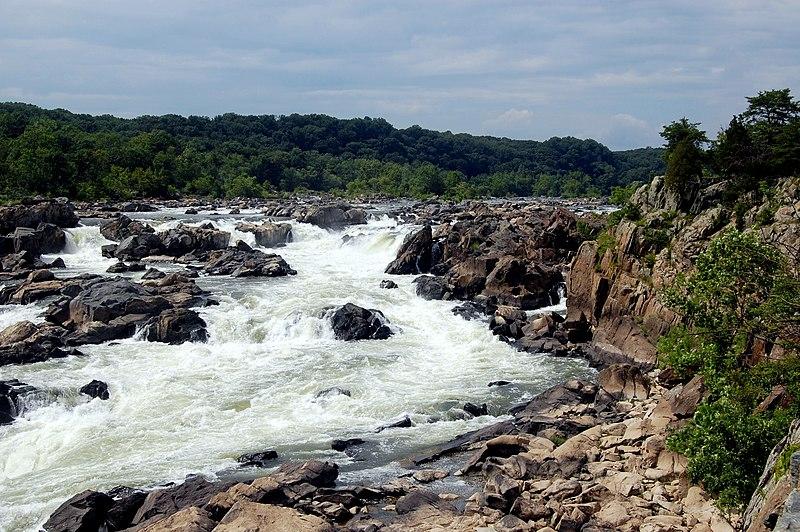 File:Great Falls, Maryland, cliffs.jpg