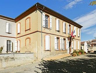 Grisolles, Tarn-et-Garonne - Image: Grisolles (Tarn et Garonne) La façade de la Mairie