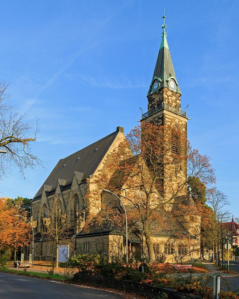 Grunewaldkirche mit Turm