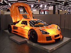 Gumpert Apollo Geneva 2006 1.jpg