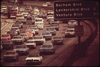 Hollywood Freeway - Hollywood freeway through the Cahuenga Pass in 1972