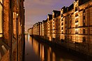 Hamburg's Speicherstadt at night.jpg