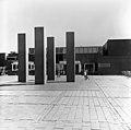 Hannu Siren- Stoa (kivi, 1984) - N195013 (hkm.HKMS000005-00000vkg).jpg