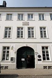 Bilker Straße 15 in Düsseldorf-Carlstadt: Hier mieteten die Schumanns von August 1852 bis August 1855 zwei Etagen (Quelle: Wikimedia)