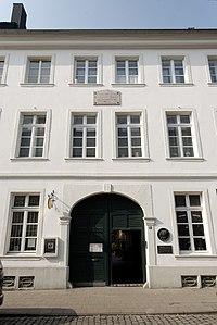Bilker Straße 15 in Düsseldorf-Carlstadt: Hier mieteten Clara und Robert Schumann von August 1852 bis August 1855 zwei Etagen (Quelle: Wikimedia)