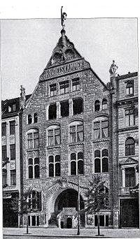 Haus der Handelskammer an der Graf-Adolf-Straße in Düsseldorf, von Architekt Hermann vom Endt Düsseldorf.jpg