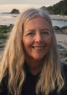 Helena Norberg-Hodge, 2015 (cropped).jpg