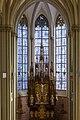 Hl. Kreuz München Fenster v. Christoph Brech im Chorbereich.jpg