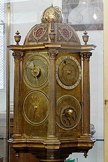 Astronomische uhr in der bibliothek sainte-geneviève
