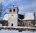 Husby Sjuhundra kyrka vintern 2013.jpg