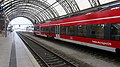 I+Hauptbahnhof - Dresden - Regionalbahn - Regio 120 - Bild 002.jpg