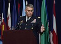 IMCOM commander mentors transitioning Soldiers.jpg