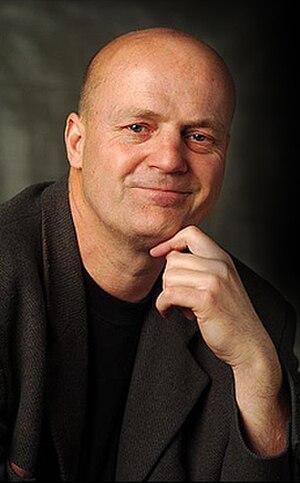 Endre Kukorelly - Image: Irolap kukorelly portrait