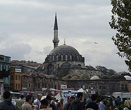 Istanbul -Rüstem Pasha Mosque- 2000 by RaBoe 01.jpg