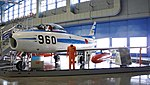 JASDF F-86F(02-7960) left front view at Hamamatsu Air Base Publication Center November 24, 2014 01.jpg