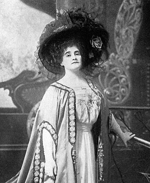 Ethel Jackson - Ethel Jackson in the original Broadway production of The Merry Widow (1907)