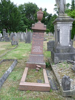 James Edwin Williams - Williams' grave at Southgate Cemetery.