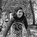 Jemenitisch weesmeisje, lachend, Bestanddeelnr 255-0459.jpg