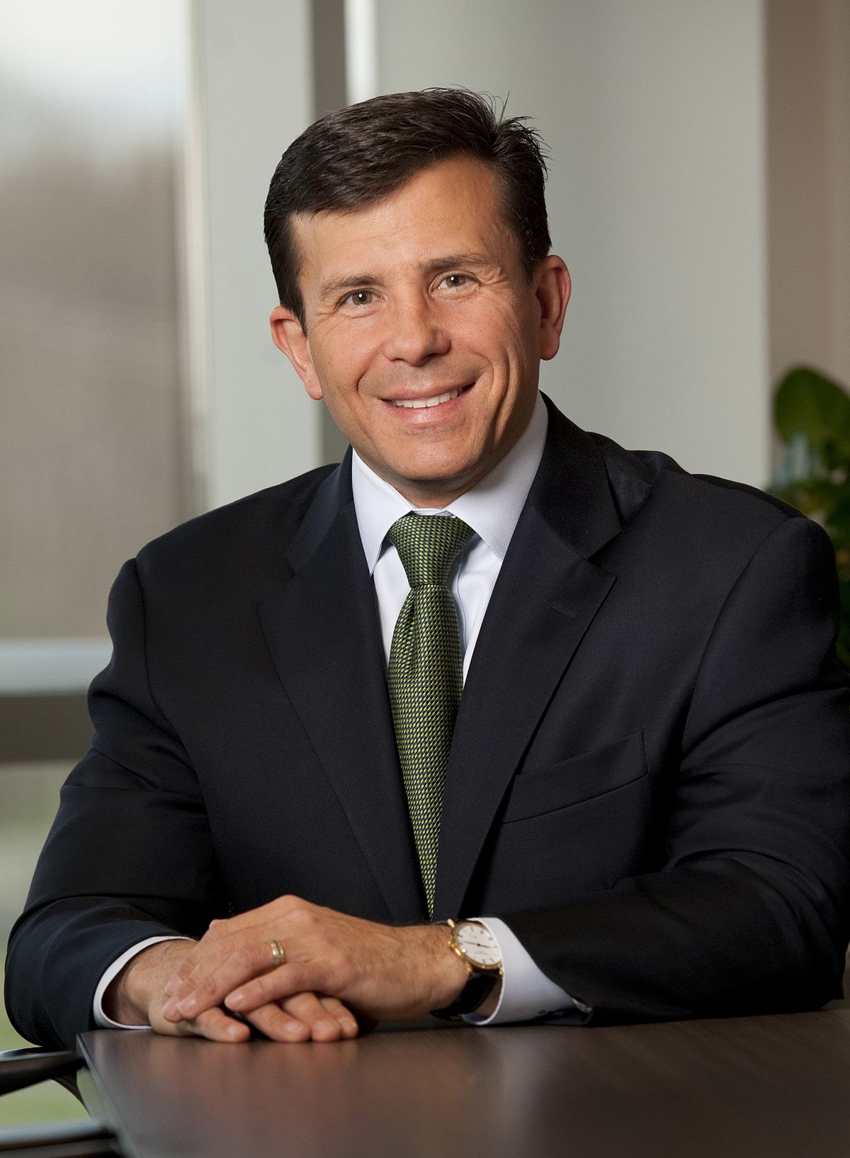 John Crowley Biotech Executive Wikipedia