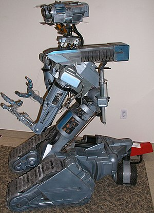 Flank photo of Johnny 5 robot from the Short C...