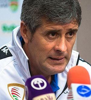 Juan Ramón López Caro - Caro in a press conference as Oman manager in 2016