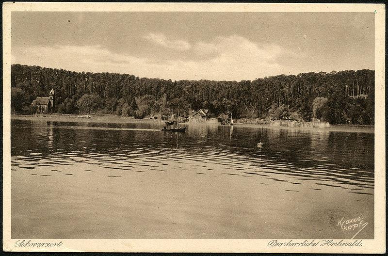 File:Juodkrantė-Schwarzort-postcard-1936.jpg