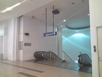 KLCC LRT station - Image: KLCC LRT entrance (Avenue K)