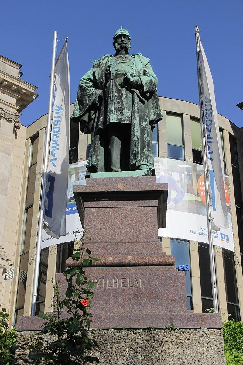 Kaiser-Wilhelm memorial - panoramio.jpg