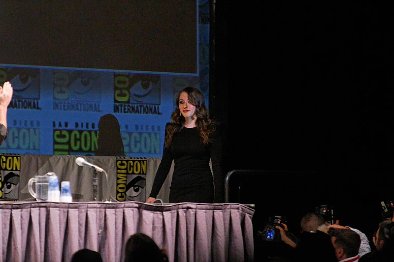 File:Kat Dennings 2010 Comic-Con.jpg