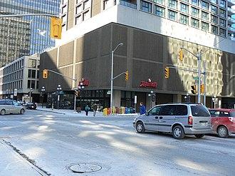 Kent Street (Ottawa) - Kent St. and Queen St. intersection