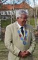 Kommunfullmäktiges ordförande i Skellefteå med borgmästarkedjan.jpg