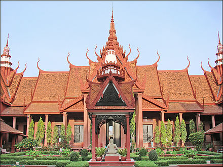 The Cambodian National Museum in Phnom Penh, Cambodia, constructed in Cambodian architecture La cour interieure du musee national (Phnom Penh) (6998203541).jpg