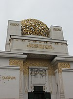 File:Laika ac Secession Hall (10212137043).jpg