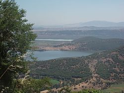 Lake Chimaditida and lake Zazari, Florina prefecture, Greece - seen from the west (Aetos-Nymfeo road) - 01.jpg