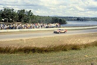 Lakeside International Raceway - Spectators watching Round 1 of the 1981 Australian Sports Sedan Championship