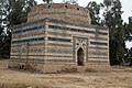 Lal Mahrra Tombs 02.jpg