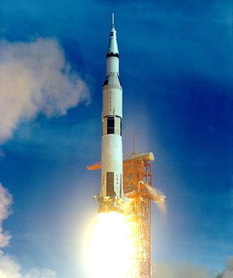 Space vehicle - The Saturn V is the largest and heaviest expendable rocket ever brought into operational status.