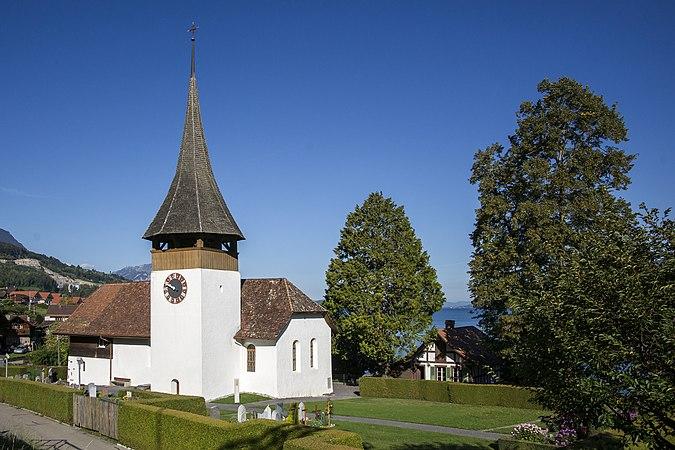 Leissigen - Kirche und Pfarrhaus 02.jpg