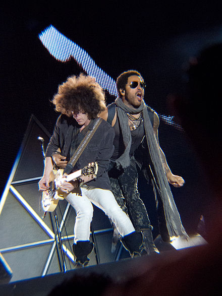 Kravitz and Craig Ross during a concert. Lenny Kravitz - Craig Ross - Rock in Rio Madrid 2012 - 02.jpg