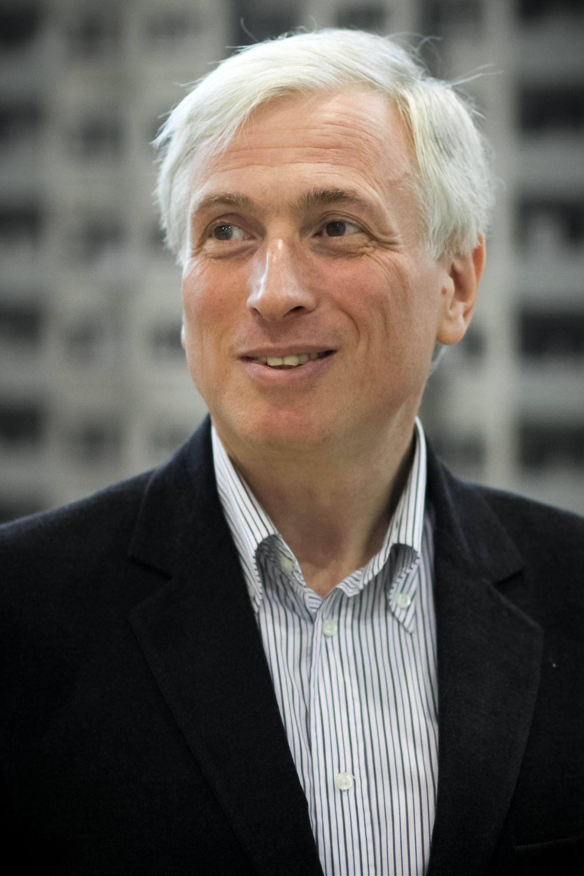 Млечин, Леонид Михайлович — Википедия