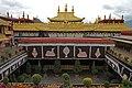Lhasa-Jokhang-68-Dachterrasse-Daecher-2014-gje.jpg