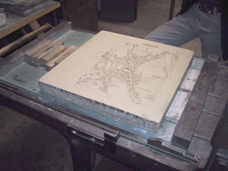 Litography press with map of Moosburg 01.jpg