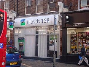 LLOYDS BANKING GROUP: Lloyds and TSB to part ways (2/2)