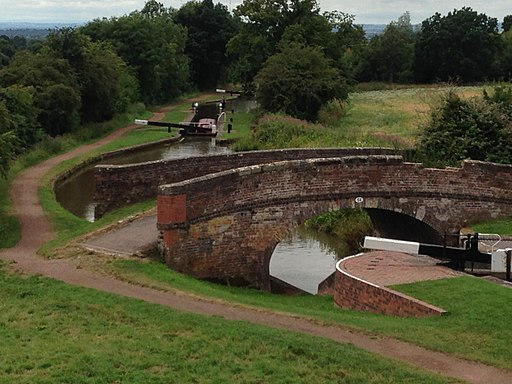 Locks on the Tardebigge Flight 01
