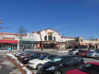 The Loop (Methuen, Massachusetts) - Loews Cineplex